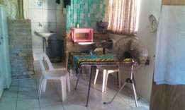 Bachelor Granny Flat fully furnished Meerensee