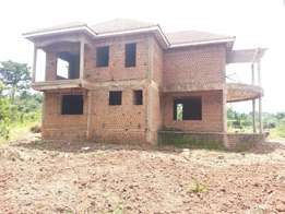 This 4bedrooms flat on sale seated on 23 decimals