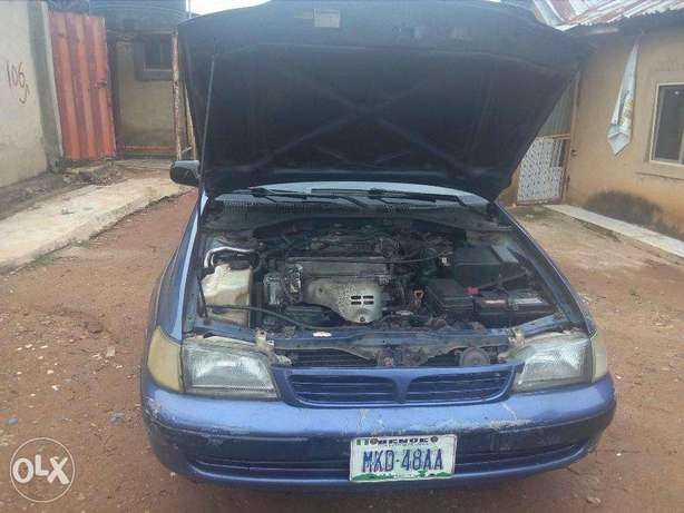 A very clean and well maintained Toyota Carina E 2.0GLI Abuja - image 5