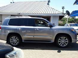 Lexus LX 570 - with Beige Leather
