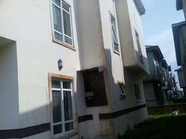 A lovely, well finished 4Bedroom Detached duplex by Shoprite estate