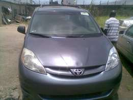 Toyota Sienna LE 2007 Toks For Sale