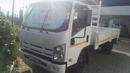 Npr 300 Isuzu Amt like new truck is in perfect condition
