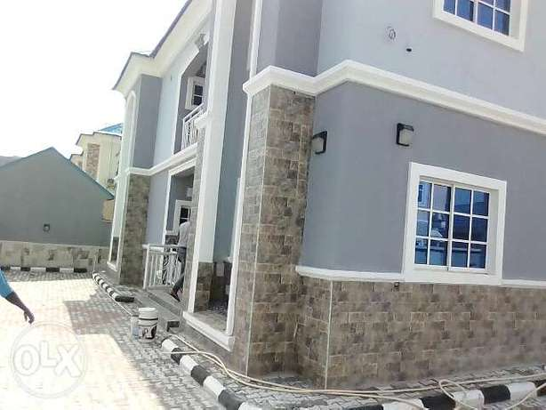 To let new 2bedroom at lifecamp goudabhillview Gwarinpa Estate - image 1