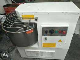 Dough mixer,spiral,190kgs,2speed,3phase,italy made,perfect condition