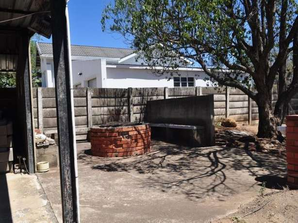 House for sale in Hospitaal park Ladysmith Ladysmith - image 7