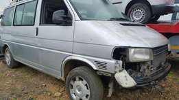 2001 vw caravelle 2.5tdi synchro 4wd - breaking for parts