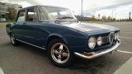 Alfa Romeo berlina windscreens