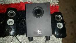 Logitech computer or laptop 2in1 home theatre seystem for sale R350