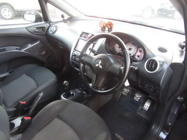Mitsubishi Colt RalliArt 2010 model Manual Tuned and very powerfull! Mombasa Island - image 7
