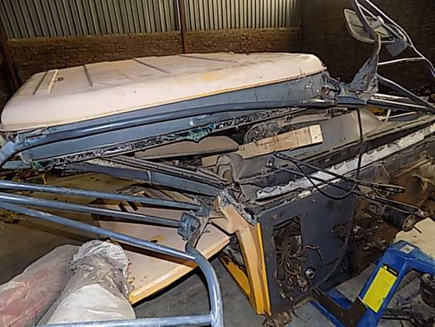 Bell B30D Cab Stripping for Spares Memel - image 6