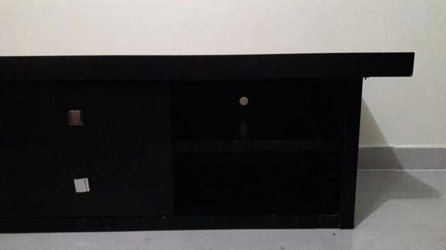 Hard wood mahogany tv stand board from German Drexel&Heritage at 22k Nairobi CBD - image 3