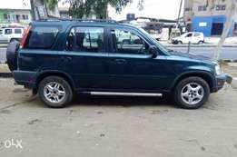 Clean Honda CRV 99/2000 model