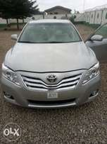 Foreign use 2010 toyota camry super intact.