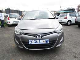 2012 Hyundai i20 Auto ,grey in color , 4 doors , 95 000km ,for sale