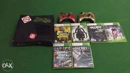 Xbox 360 console 4GB with controllers and games