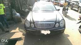 Firstbody registered Mercedes-Benz E350 06/07