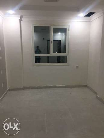 full building 39 flats 2 bhk for rent only company staff no Labore المنقف -  3