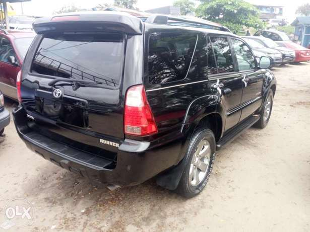 2008 Toyota 4runner black. Limited edition. Direct tokunbo Apapa - image 7