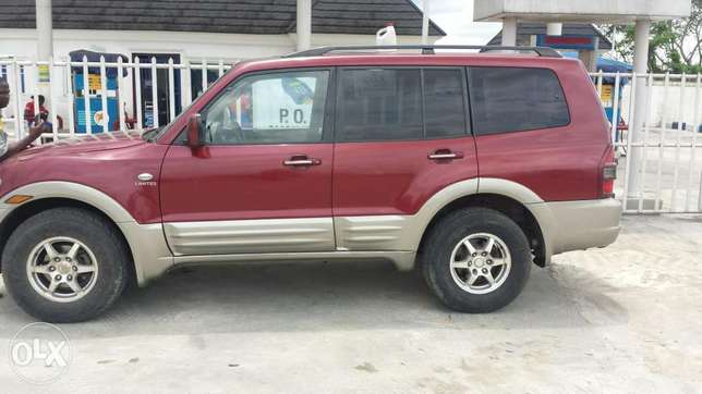 Very sharp Mitsubishi SUV (Montero) for sale at a Giveaway Price! Port-Harcourt - image 4