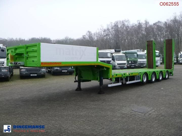 Kaessbohrer Semi-lowbed trailer / ext. 15.2 m + 2 steering axles - 2014