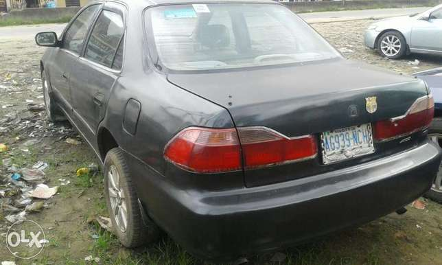 Neatly used honda accord 1999 model for sale Port Harcourt - image 7