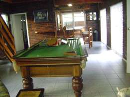 Snooker table 3/4 Size Union Billiards