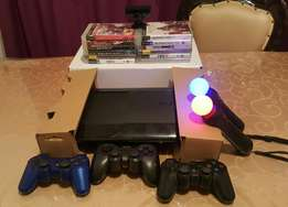 PS3 500Gb + 12 Games + 3 Controllers + Extras