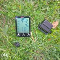 touchscreen,rainproof,wireless,big gorrila lcd screen bike speedometer