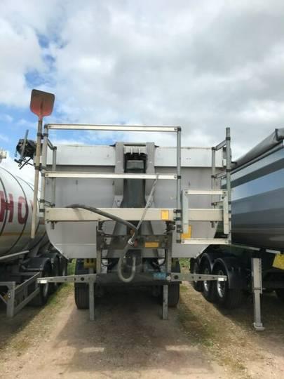 Schmitz Cargobull 3 achs Stahlsegment Hinterkipper - 2016