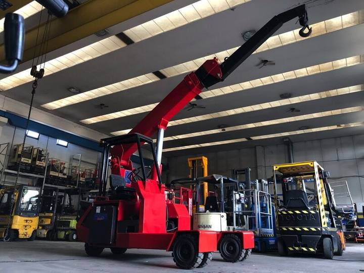 Valla VK 6E mini crane - 2019