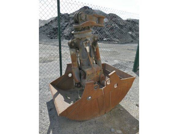 Sale sand giron with rotary head grapple for  by auction - 1995