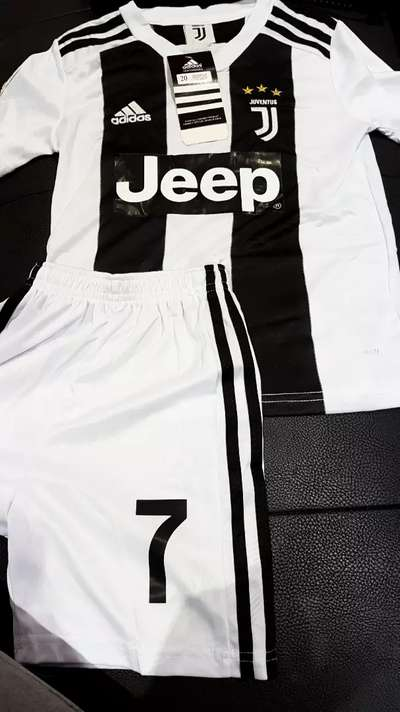 new concept 5eefc 35ac0 Ronaldo Juventus Serie A kit for sale