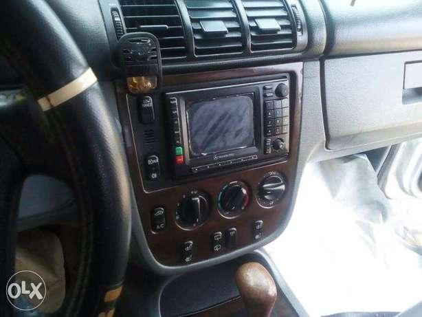 Automatic SUV Mercedes Benz Jeep Lekki - image 3