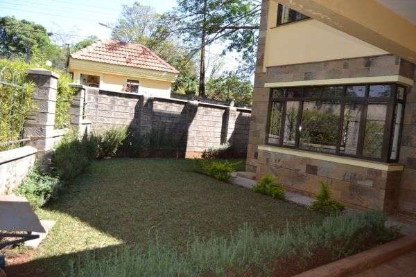 4 Town hses for sale Lavington Kitisuru - image 7