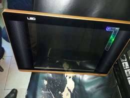 Led 22 inch digital TV with inbuilt decoder