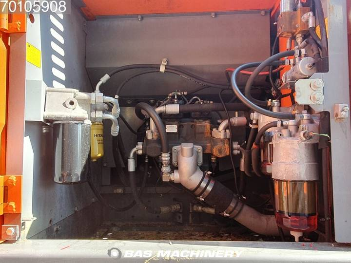 Hitachi ZX280LC-3 Nice and clean machine - 2010 - image 13