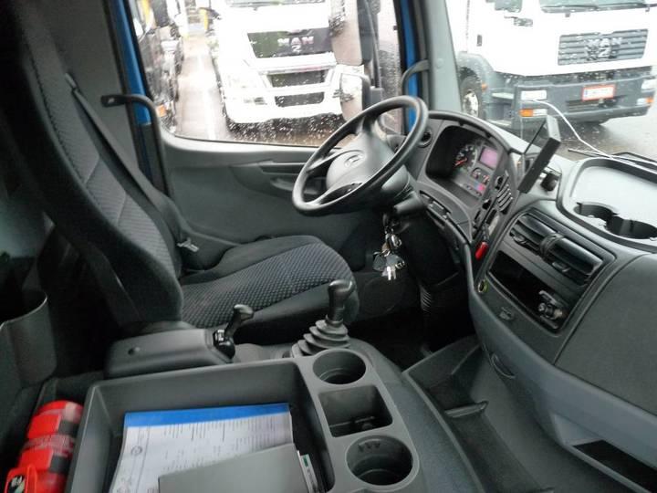 Mercedes-Benz Atego 1524l 4x2 - 2012 - image 17