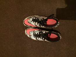 size 8 Nike soccer boots