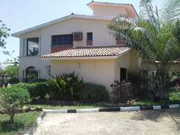 Nyali 4 Bedroom House with swimming pool and servant quarter