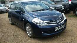 Gorgeous Nissan Tiida Hatchback Kcm With leather seats! Fully Loaded!!