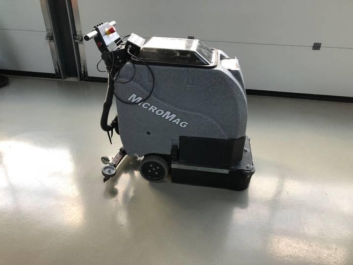 Tomcat Micromag 17-D Schrobmachine - 2016