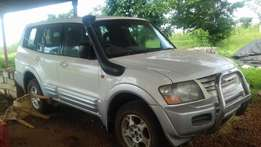Pajero DiD 2000 Model