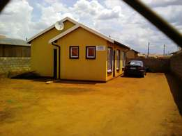 Three bedroom house for sale in Protea Glen Ext 29, R490 000