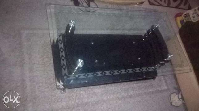 Coffee Table Elegant With hard Glass Top Zimmerman - image 2