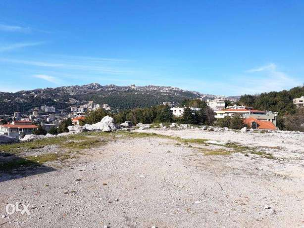 1450 m2 land for sale in Ashkout (prime location)