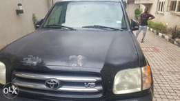 New neat toyota sequoia 2003, branch to Nigeria last week no faulty