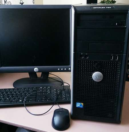 Computer sale.good condition.ideal for movie,home,games or office work Nairobi West - image 5