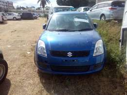 1000 cc Suzuki swift Blue with alloy rims