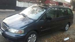 2000 m Honda odsey auto 7 seats and more , whatsapp or call for info